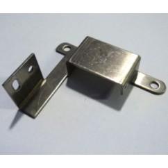 switch gate bracket left