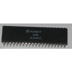 IC - 40 PIN PERIPHERAL INTERFACE ADAPTOR